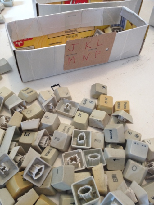 DiaDia-Reaproveitamento de teclados de computador